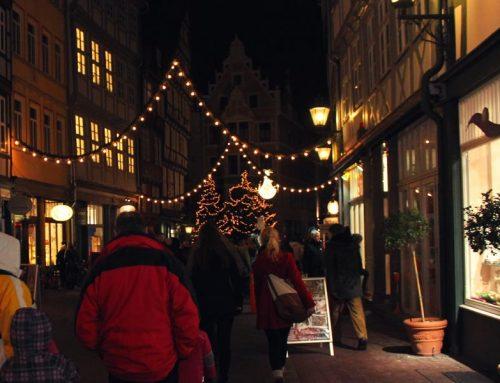 Vorfreude auf das Christfest im beeindruckenden Lichterglanz – Der Hildesheimer Weihnachtsmarkt 2017