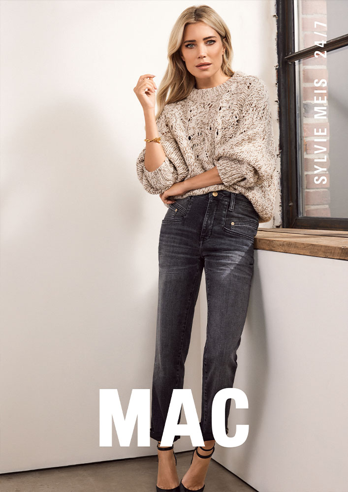 Mac Jeans Logo Couple